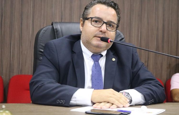 Resultado de imagem para VEREADOR RODRIGO COELHO